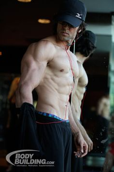 Bodybuilding.com - Hrithik Roshan Workout: Kris Gethin Transforms Bollywood Star