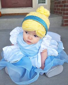 Items similar to Anna Hat and Shawl Combination on Etsy Baby Girl Halloween, First Halloween, Scary Costumes, Cute Halloween Costumes, Diy Costumes, Halloween Suits, Cinderella Hair, Cinderella Costume, Wig Hat
