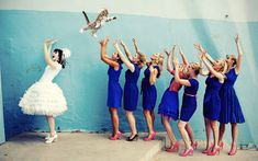 Noivas jogando gatos