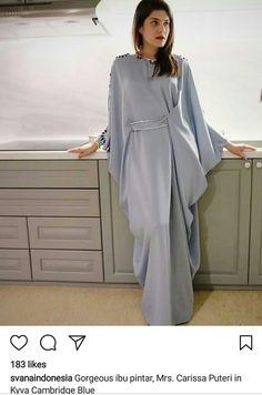 2 piece modern batwing set pattern Order by line : (with Abaya Fashion, Muslim Fashion, Modest Fashion, Fashion Dresses, Modest Wear, Modest Dresses, Stylish Dresses, Mode Abaya, Mode Hijab