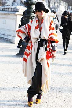 Catherine Baba belt it, scrunch it, make that wrap werk. As you do. #Styletao