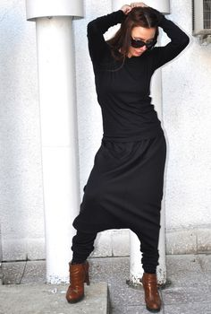 Loose Casual black Drop Crotch Harem Pants, Extravagant WhitePants/black and white - Extravagant Black/white Pants