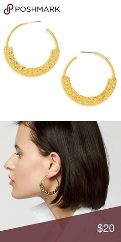 "🆕 NWT BaubleBar Gold Semi Hoops NWT BaubleBar Semi Hoops in hammered gold. Post back. Length: 1.75""; Width: 0.15"". Weight: 0.3 oz. (medium weight). Dust bag included. New with tags. ✖️ No trades 