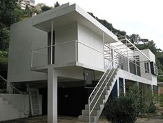 Eileen Gray E1027 house. Just reading her biography at the moment - what an interesting woman and completely overlooked