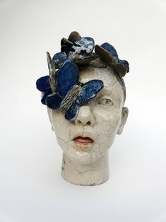 Tête à papillons // ceramic sculpture by Lidia Kostanek Pottery Sculpture, Sculpture Clay, Ceramic Pottery, Ceramic Art, Mask Painting, Sculptures Céramiques, Artistic Installation, Ceramics Projects, Clay Figures