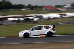 Jackson and Motorbase squad looking for wins on return to BTCC grid