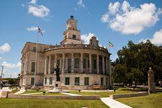 Coral Gables City Hall (Coral Gables, Florida) - Photo by MadGrin