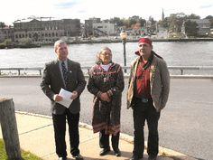 Mayor Randy Bateman introduces Jeannie Shenandoah and Chief Jake Edwards of the Onondaga Nation.
