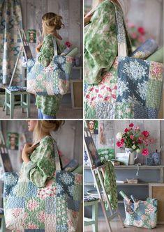 Большая летняя сумка отлично подойдет для походов на пляж!    Напоминаем, что на нашем сайте уже есть выкройка и совету по шитью большой и красивой сумки на все случаи жизни Наша сумочка сшита из тканей коллекции «Painting Flowers» – эти...