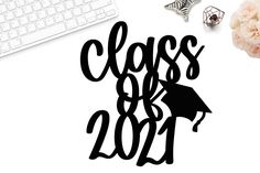 Graduation Cake Toppers, Graduation Cupcakes, Graduation Decorations, Graduation Ideas, Graduation Cap Drawing, Lettering Design, Hand Lettering, Cricut Cake, Pull Apart Cake