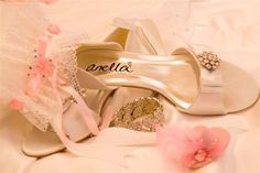 www.bestersbridalboutique.com Bridal Shoes, Stuart Weitzman, Sandals, Heels, Fashion, Bride Shoes Flats, Heel, Moda, Bride Shoes