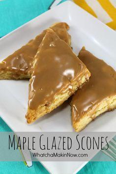Maple Glazed Scones Recipe - Love the thick maple glaze! Quick Bread Recipes, Donut Recipes, Cooking Recipes, Scone Recipes, Breakfast Scones, Breakfast Recipes, Dessert Recipes, Breakfast Dishes, Muffins