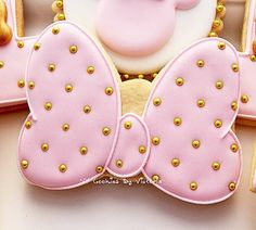 """12 - Minnie Mouse """"Ribbon"""" Cookies Pink & Gold - 1 Dozen - Ribbon Cookie with Gold Pearls - Birthday Cookies by NYCookiesByVictoria on Etsy"""