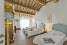 This is one of our shared rooms for sisters, moms and daughters, or friends who are travelling together. Maremma.