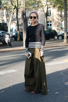 Jenny Walton, Paris Fashion Week Spring 2017 http://spotpopfashion.com/d4av