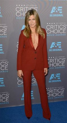 Jennifer Aniston wearing a menswear inspired look at the Critic' Choice Movie Award.