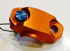 Orange anodized moto cross bracket Industrial Style, Plating, Bronze, Design, Deko, Handarbeit, Industrial Chic, Design Comics