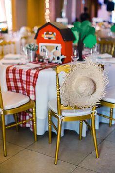 Straw Hat-adorned Ch