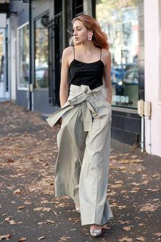 099272c7ac31 25 Outfits That ll Make You Forget All About Your Skinny Jeans