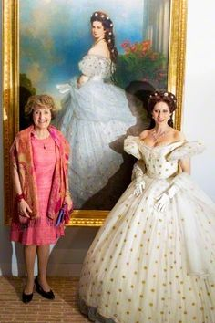 Dutch Princess Margriet (L) and Dutch Musical star Pia Douwes at the opening of the exhibition 'Sisi Fairytale and the Reality' at Palace Het Loo in Apeldoorn, 9 April 2015.