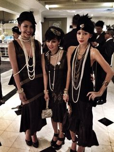Flapper girls at a Gatsby style wedding. Look Gatsby, Great Gatsby Wedding, Gatsby Style, The Great Gatsby, Flapper Party, Flapper Girls, Flapper Wedding, 1920s Wedding, Roaring 20s Party