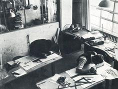A view of Marianne Brandt and Hin Bredendieck at the desks of the Bauhaus metal workshop, around 1930