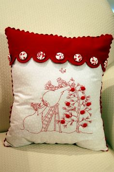 Christmas Quilt & Pillows | Pink Polka Dot Creations.  Trim the Tree embroidery design by Crabapple Hill Studio.