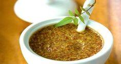 Como Fazer Mostarda Caseira O uso de sementes de mostarda e muito antigo, tanto para uso culinário como para uso medicinal. Parente do brócolis e do
