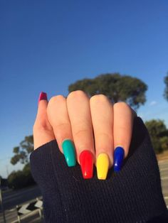 20 Cute Summer Nail Designs for 2019 Make your manicure pop with these cute an easy summer nails design ideas to try in Acrylic Nails Natural, Best Acrylic Nails, Acrylic Nail Art, Acrylic Nail Designs, Cute Summer Nail Designs, Cute Summer Nails, Spring Nails, Acrylic Nails For Summer Coffin, Nail Summer
