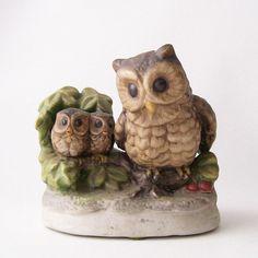 vintage owl home decor porcelain figurine retro contemporary style woodland bird brown green nature
