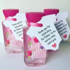 Creative Baby Shower Prize Idea #babyshowergirl