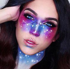 La dernière tendance, les Galaxy Freckles, vous en pensez quoi les filles ? #galaxyfreckles #newtrend photo: Pinterest