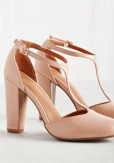 Your tales of a thrilling evening on the town are perfectly bolstered by snapshots of you in these blush heels. Sleek T-straps, sturdy pumps, and a glossy finish give these sassy, vintage-inspired stunners a picture-perfect look, which inspires you to treat your evening with epic potential!