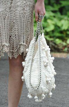 sac Montoro #crochetbag Tutorial con diagrama ♡ Teresa Restegui http://www.pinterest.com/teretegui/ ♡