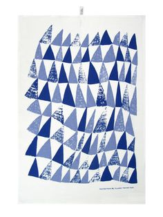 Kuusikko Green Kitchen Towel / Keittiöpyyhe |  Designed by Hannele Äijälä .  kauniste Online Shop.