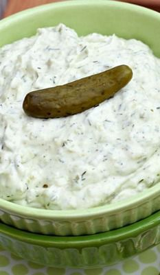 Dill Pickle Dip// Really good! Made it for a potluck and everyone loved it!