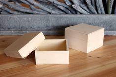 Κουτί Ξύλινο WI162604  Ξύλινο κουτί με καπάκι. Διαστάσεις: 8x8x4cm Container