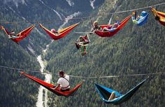 Italy | 123 Inspiration www.123inspiration.com677 × 440Buscar por imágenes Thrill-Seekers Sleep In Hammocks Suspended Hundreds Of Feet Above The Italian Alps