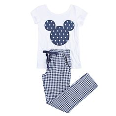 Pijama Disney Pjs, Disney Outfits, Cute Pjs, Cute Pajamas, Pajamas All Day, Girls Pajamas, Cute Comfy Outfits, Cute Girl Outfits, Pijamas Women