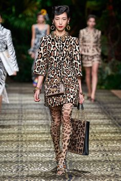 Dolce & Gabbana Spring 2020 Ready-to-Wear Collection - Vogue 2020 Fashion Trends, Fashion Week, Fashion 2020, Runway Fashion, High Fashion, Fashion Looks, Fashion Outfits, Milan Fashion, Dolce & Gabbana