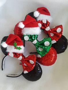 "Christmas Minnie Santa""Classic Holiday Ears Collection"" Sparkle Handmade Custom Mouse Ears inspired by Disney Weihnachten Minnie SantaClassic Holiday Ears Disney Diy, Diy Disney Ears, Disney Mickey Ears, Disney Crafts, Disney Christmas Crafts, Disney Ears Headband, Disney Headbands, Mickey Mouse Christmas, Christmas Hat"