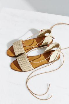 Ecote Namic Lace-Up Slide Sandal - Urban Outfitters Schnürschuhe,  Absatzschuhe, Flache Schuhe 9e1fc941df