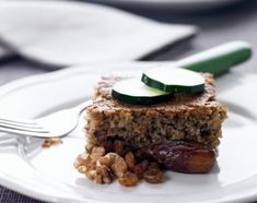 A world of Thermomix® recipes - Cookidoo® brings you delicious food all over the world. With thousands of recipes and ideas, you'll find mouth-watering inspiration every time you log in. Zucchini Slice, Recipe Zucchini, Bean Brownies, Salted Caramel Sauce, Chocolate Biscuits, Food Shows, Serving Size, Quiche, Yummy Food