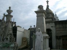 haunted cemetaries of the world | The 25 Spookiest Places Around the World | Viator