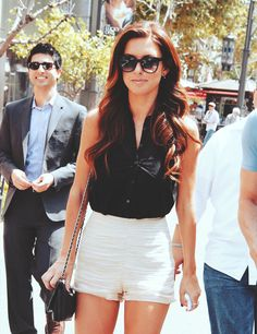 Audrina Patridge hair, gorgeous! And I freakin love her outfit