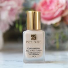 I tried this many years ago but had a shade which was far too dark for me (Ecru) but they've since released a huge selection of new colours and I was so happy to find one suitable for my skin tone! Estee Lauder Double Wear, Katie Snooks, Makeup Inspo, Beauty Makeup, Waterline Eye Liner, Romantic Makeup, Double Wear Foundation, Beauty Hacks, Beauty Tips