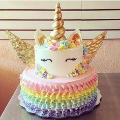 Savory magic cake with roasted peppers and tandoori - Clean Eating Snacks Unicorne Cake, Cupcake Cakes, Pecan Cake, Unicorn Cupcakes, Birthday Cake Girls, Unicorn Birthday Cakes, Girl Cakes, Savoury Cake, Party Cakes