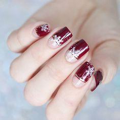 #halfmoonsnowflakes snowflake half nails