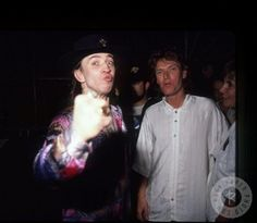 Stevie Ray Vaughan & Steve Winwood by Chuck Pulin ¡♥! Steve Winwood, Stevie Ray Vaughan, Spencer Davis, Extraordinary People, Music Photo, Blues Rock, Led Zeppelin, Good Music, Rock And Roll