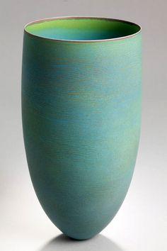 Pippin Drysdale | Ceramic Pottery Vase